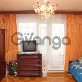Продается квартира 1-ком 35 м² Калинина,д.8
