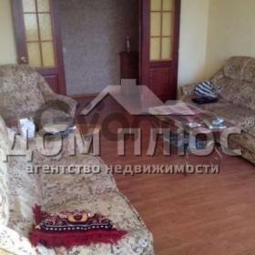 Продается квартира 3-ком 70 м² Маяковского Владимира просп
