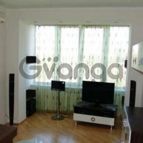 Сдается в аренду квартира 2-ком 65 м² ул. Толстого Льва, 33, метро Университет