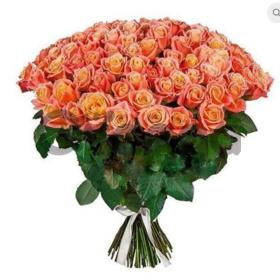 Цветы букет 101 роза Мисс Пигги