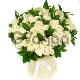 Цветы букет 51 белая роза Аваланж