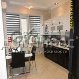 Продается квартира 2-ком 81 м² Оболонская Набережная