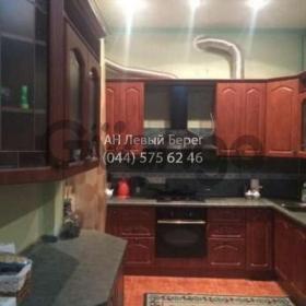 Сдается в аренду квартира 2-ком 70 м² ул. Саксаганского, 70б, метро Университет