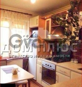 Продается квартира 3-ком 62 м² Борщаговская