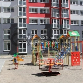 Продается квартира 2-ком 73 м² ул. Драгоманова, 2б, метро Позняки