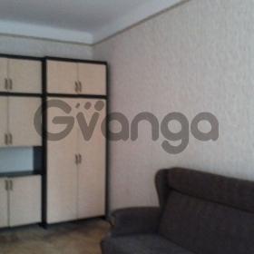Сдается в аренду комната 4-ком 82 м² Адмирала Лазарева наб, 20, метро Чкаловская