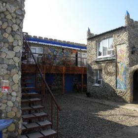Гостиничный бизнес в п.Штормовое Крым
