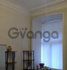 Сдается в аренду комната 3-ком 62 м² Кирочная ул, 24, метро Чернышевская