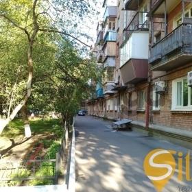 Продается квартира 2-ком 43 м² Печерский спуск ул.