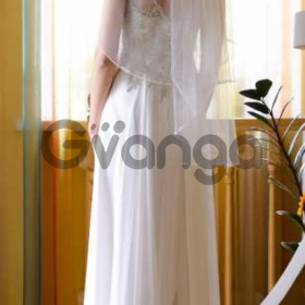 Випуск не або весільне плаття