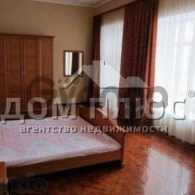 Продается квартира 3-ком 93 м² Коцюбинского Михаила