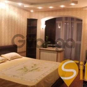 Продается квартира 2-ком 67 м² Малая Житомирская ул.