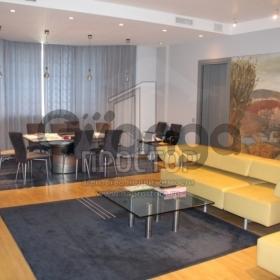 Продается квартира 4-ком 167 м² ,