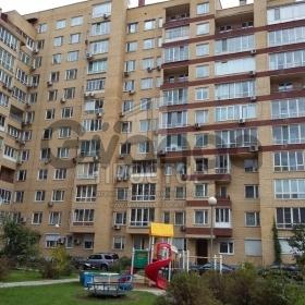 Продается квартира 4-ком 153 м² ,