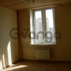 Продается квартира 4-ком 130 м² ,