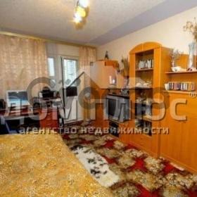 Продается квартира 2-ком 56 м² Маяковского Владимира просп