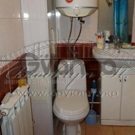 Продается квартира 1-ком 34 м² Житний рынок Домбровського