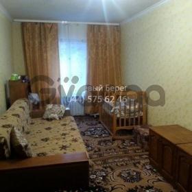 Продается квартира 1-ком 40 м² ул. Ревуцкого, 25, метро Харьковская