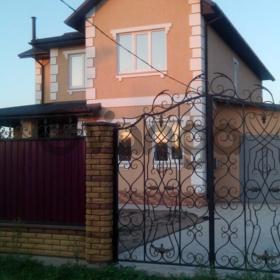 Новый дом 2016 года постройки, г. Цюрупинск (польскому проекту, европейского стиля).