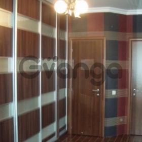 Продается квартира 2-ком 61 м² Советская,д.3