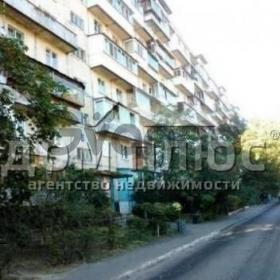 Продается квартира 3-ком 61 м² Борщаговская