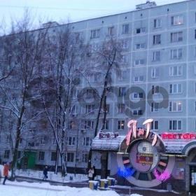 Продается квартира 4-ком 64 м² ,