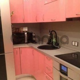 Сдается в аренду квартира 2-ком 58 м² Южный,д.8