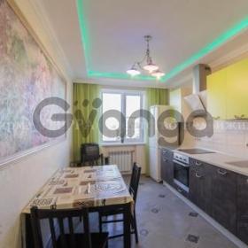 Сдается в аренду квартира 2-ком 70 м² ул. Текучева, 244г
