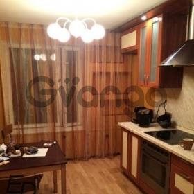 Сдается в аренду квартира 3-ком 63 м² Северный Бульв. 19, метро Отрадное