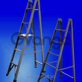 Лестницы приставные одноколенные, стеклопластиковые изделия.
