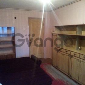 Сдается в аренду квартира 2-ком 50 м² ул. Алма-Атинская, 4