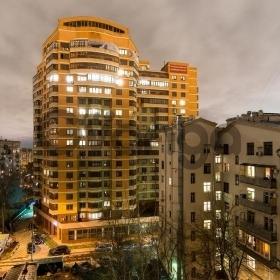 Сдается в аренду квартира 4-ком 132 м² Ленинградский пр-т. 66, метро Аэропорт
