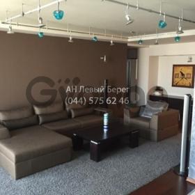 Сдается в аренду квартира 3-ком 127 м² ул. Ломоносова, 58, метро Выставочный центр