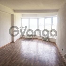 Продается квартира 3-ком 68 м² Урожайная