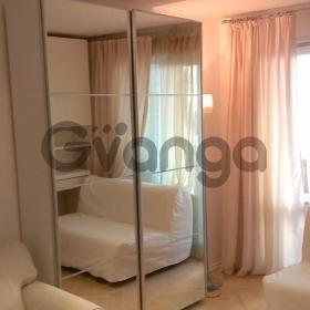 Продается квартира 3-ком 55 м² Рабочий пер.