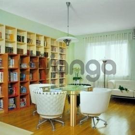 Продается квартира 2-ком 65 м² Пирогова