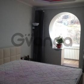 Продается квартира 2-ком 64 м² Учительская