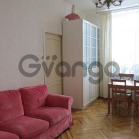 Продается квартира 3-ком 72 м² Нагорная ул.