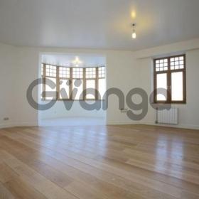 Продается квартира 1-ком 48 м² Дмитриева