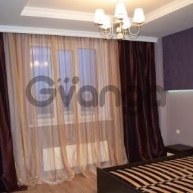 Продается квартира 3-ком 108 м² Кирпичная ул.