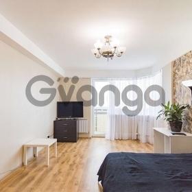 Продается квартира 1-ком 60 м² Параллельная