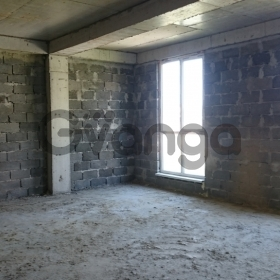 Продается квартира 1-ком 35 м² Прямая