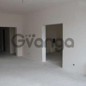 Продается квартира 3-ком 91 м² Докучаева 8