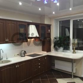 Продается квартира 2-ком 63 м² Макаренко
