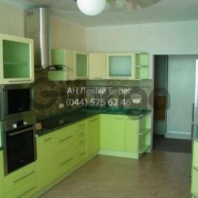 Сдается в аренду квартира 2-ком 90 м² ул. Бажана Николая, 1м, метро Позняки