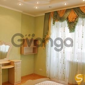Сдается в аренду квартира 2-ком 80 м² Чорновола Вячеслава ул., метро Лукьяновская