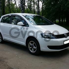 Volkswagen Golf Plus 1.2 AT (105л.с.)