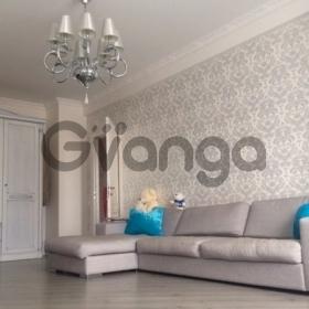 Продается квартира 2-ком 60 м² Донская