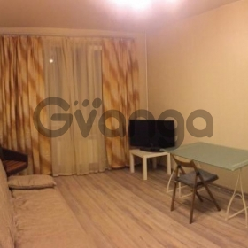 Сдается в аренду квартира 1-ком 38 м² Кировоградская,д.38к1, метро Пражская