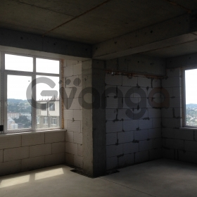 Продается квартира 2-ком 42 м² Донская